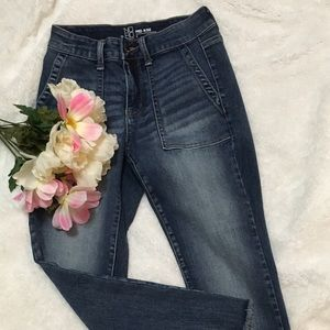 ❄Mid rise jeans